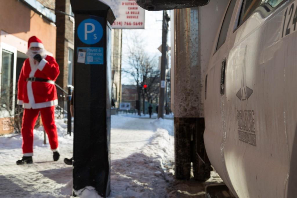 Père Noël Signature sur le Saint-Laurent – La Guignolée / Toujours ensemble