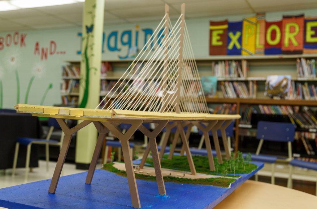 Réplique du nouveau pont Champlain – Élèves de l'école Good Sheperd Elementary (Brossard)