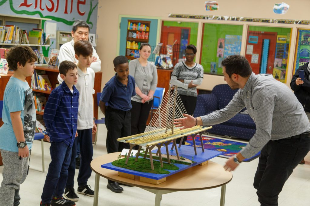 Réplique du nouveau pont Champlain – Élèves de l'école Good Shepherd Elementary (Brossard)